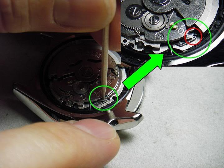 DIY: How to remove a Seiko 7s26 movement Moveremove