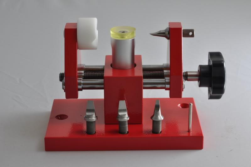 Tools : To remove a bezel DSC_0419