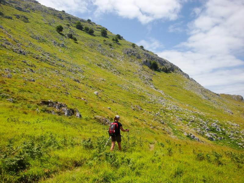 Monte Candina 489m. y Salpico 486m. desde Sonabia CANDINA040