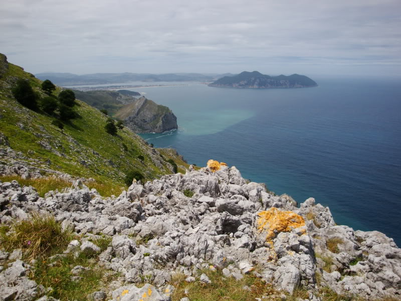 Monte Candina 489m. y Salpico 486m. desde Sonabia CANDINA059