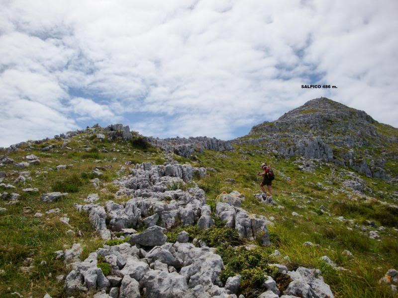 Monte Candina 489m. y Salpico 486m. desde Sonabia CANDINA064