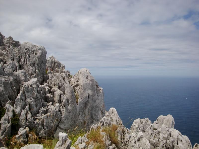 Monte Candina 489m. y Salpico 486m. desde Sonabia CANDINA070