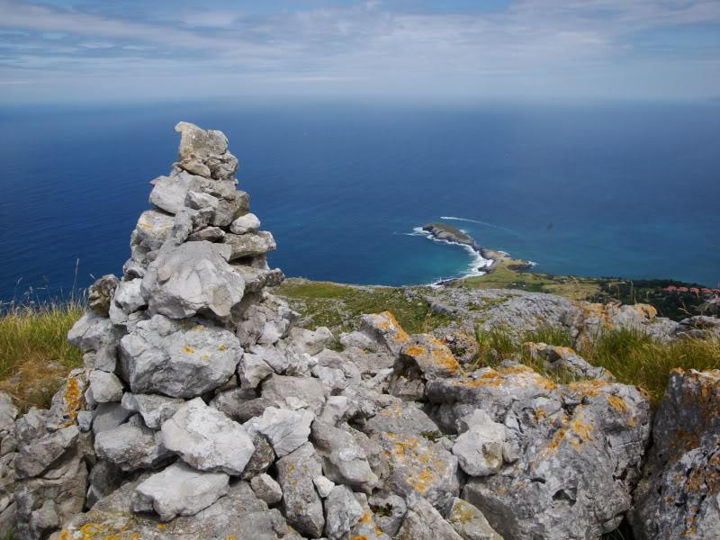 Monte Candina 489m. y Salpico 486m. desde Sonabia CANDINA072
