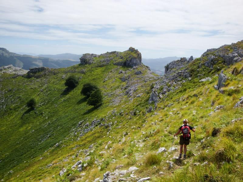 Monte Candina 489m. y Salpico 486m. desde Sonabia CANDINA090