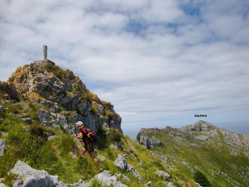 Monte Candina 489m. y Salpico 486m. desde Sonabia CANDINA097