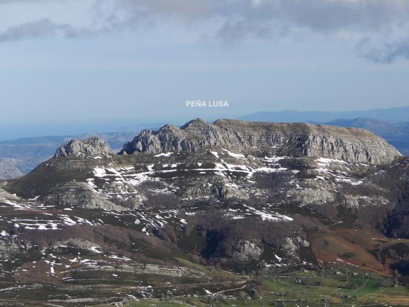 Castro Valnera 1.718m. Peña Negra 1.509m. y Cubada Grande 1.605m. DSC07068-1