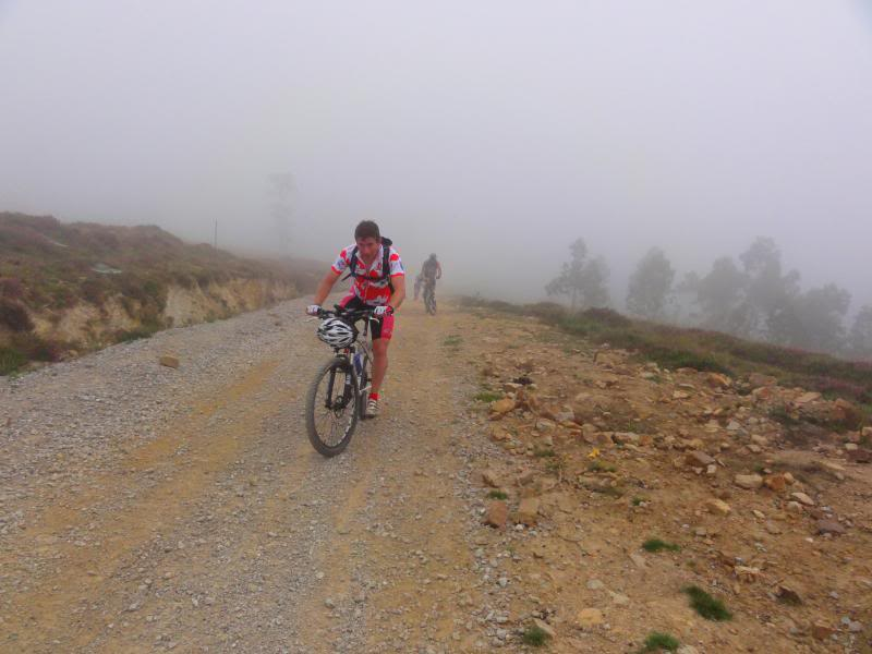 Pico Cerredo 634m. Ventoso 731m. desde Castro Urdiales DSC00889