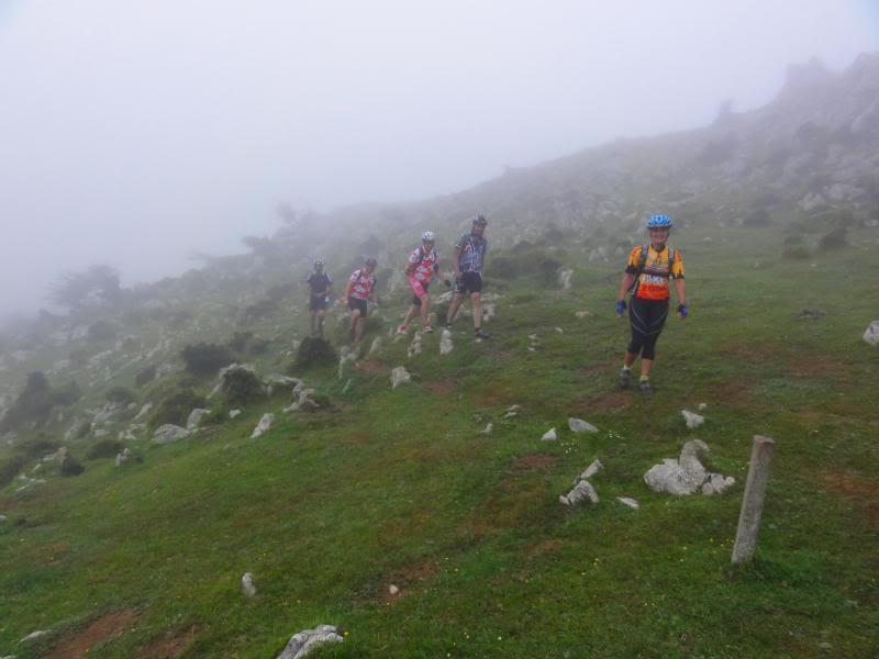 Pico Cerredo 634m. Ventoso 731m. desde Castro Urdiales DSC00897