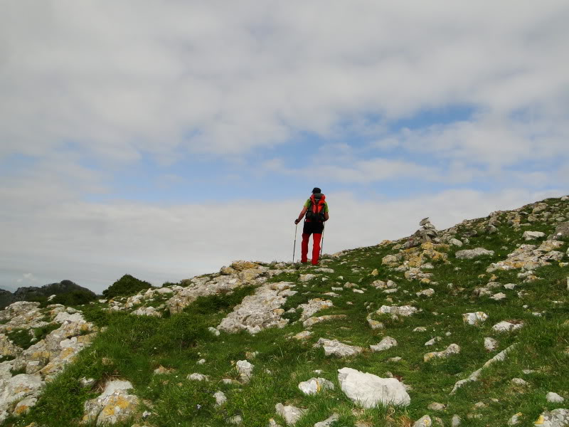 Pico Cerredo 643m. desde Cerdigo DSC00737