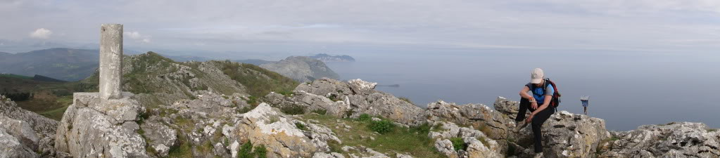 Pico Cerredo 643m. desde Cerdigo DSC00753-1