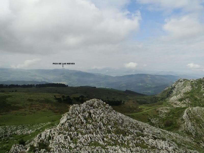 Pico Cerredo 643m. desde Cerdigo DSC00762