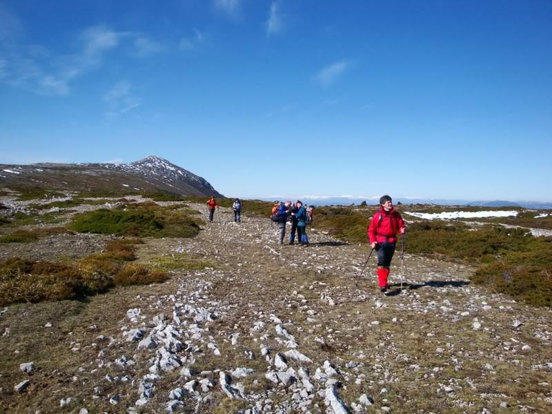 Pico Humión 1.434m. y Pico Flor  1.340m. HUMIN131