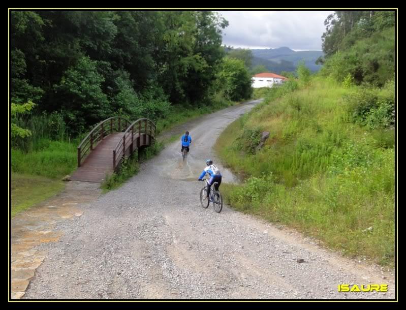 Embalse de El Juncal desde Islares DSC02475