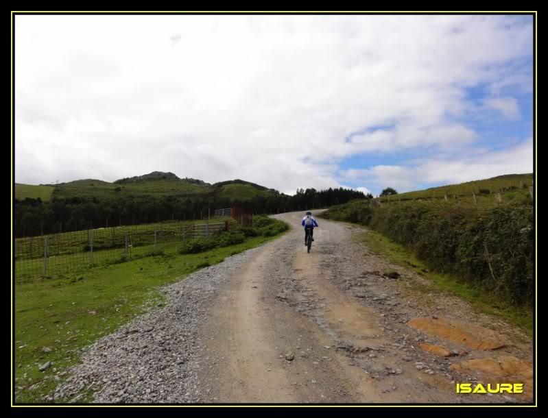 Embalse de El Juncal desde Islares DSC02543