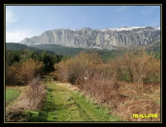 Peña Karria 1.130m. Por el Frontal de Las Tablas DSC09518