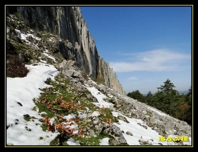 Peña Karria 1.130m. Por el Frontal de Las Tablas DSC09534