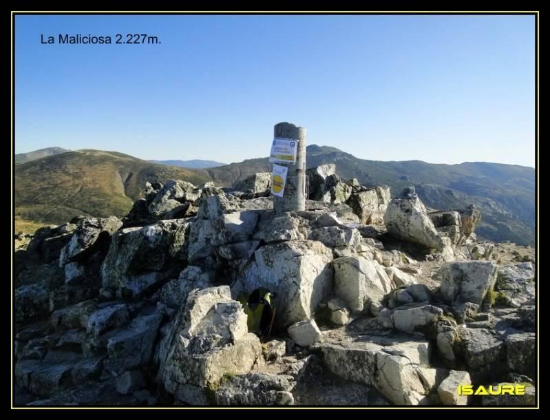 La Maliciosa 2.227m. y Bola del Mundo 2.258m. desde La Barranca DSC03262