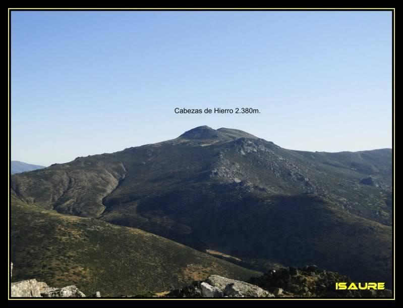 La Maliciosa 2.227m. y Bola del Mundo 2.258m. desde La Barranca DSC03270