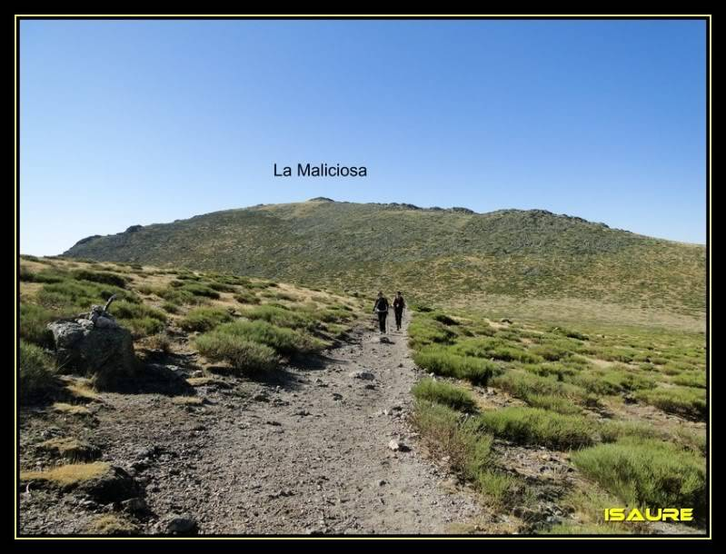 La Maliciosa 2.227m. y Bola del Mundo 2.258m. desde La Barranca DSC03288