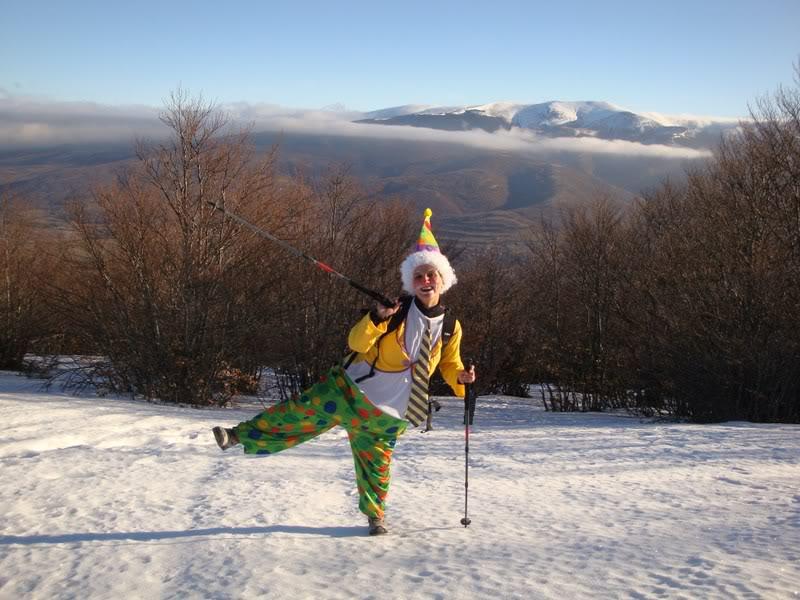 Haciendo el payaso subiendo al Pico Mencilla 1.932m. MENCILLA106