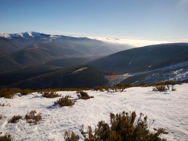 Haciendo el payaso subiendo al Pico Mencilla 1.932m. MENCILLA122