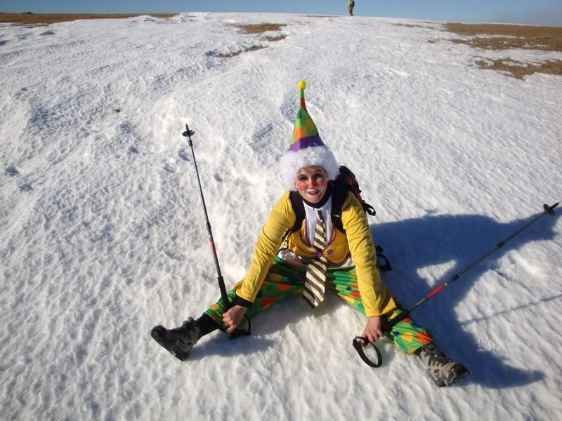 Haciendo el payaso subiendo al Pico Mencilla 1.932m. MENCILLA151