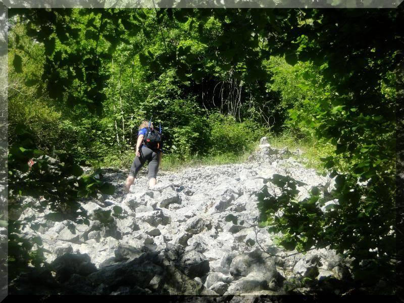 Muela 1.055m. y Gaztelua 867m. por caminos poco conocidos DSC01998