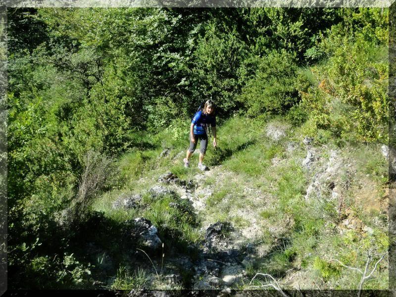 Muela 1.055m. y Gaztelua 867m. por caminos poco conocidos DSC02006
