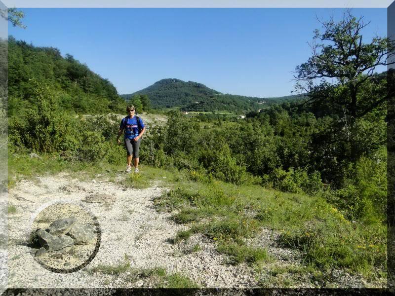 Muela 1.055m. y Gaztelua 867m. por caminos poco conocidos DSC02022
