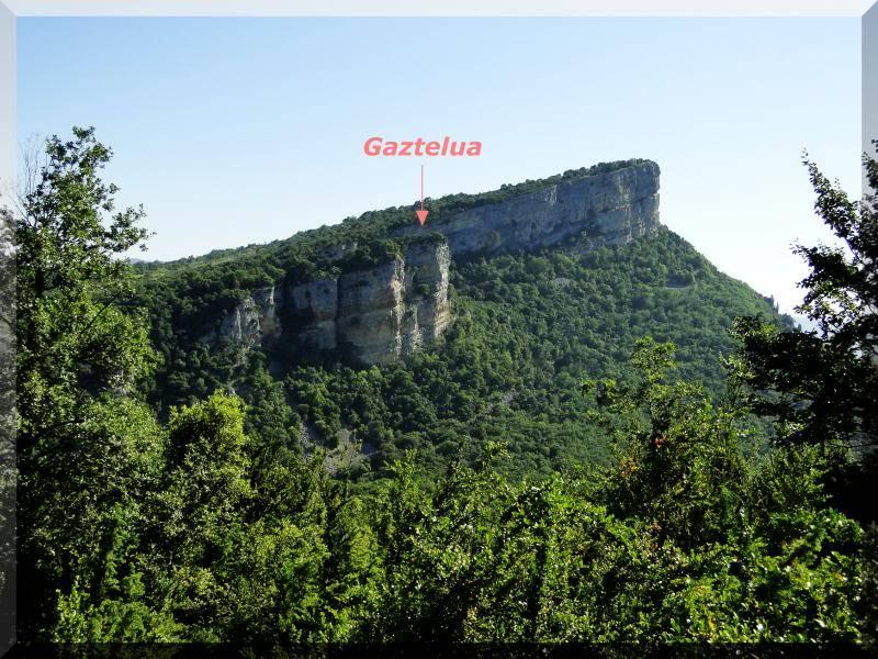 Muela 1.055m. y Gaztelua 867m. por caminos poco conocidos DSC02046