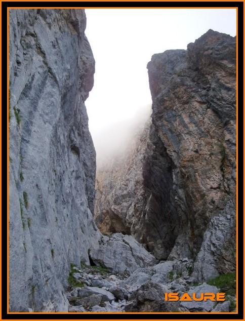 Peña Vieja 2.613m. Pico Tesorero 2.570m. Desde Fuente Dé PEAVIEJA010