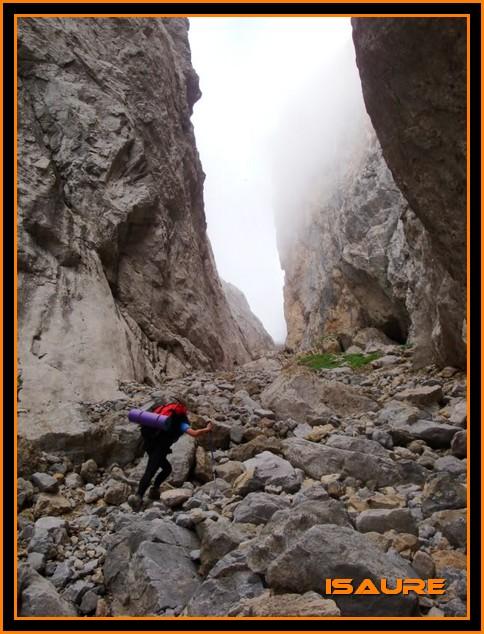 Peña Vieja 2.613m. Pico Tesorero 2.570m. Desde Fuente Dé PEAVIEJA013