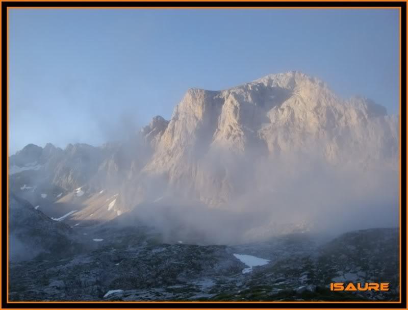 Peña Vieja 2.613m. Pico Tesorero 2.570m. Desde Fuente Dé PEAVIEJA032