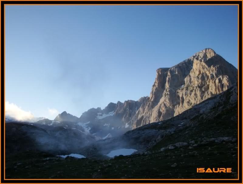 Peña Vieja 2.613m. Pico Tesorero 2.570m. Desde Fuente Dé PEAVIEJA033