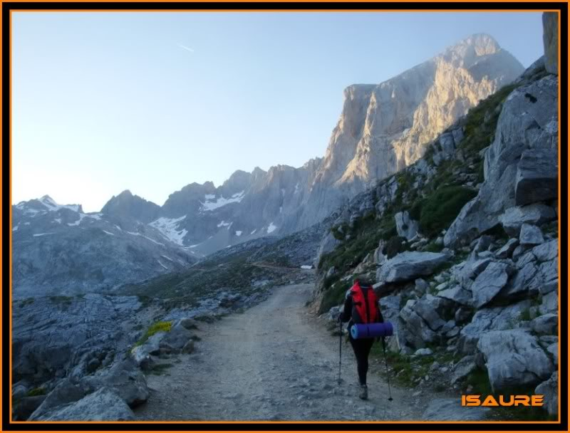 Peña Vieja 2.613m. Pico Tesorero 2.570m. Desde Fuente Dé PEAVIEJA038