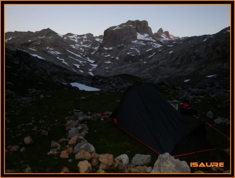 Peña Vieja 2.613m. Pico Tesorero 2.570m. Desde Fuente Dé PEAVIEJA058