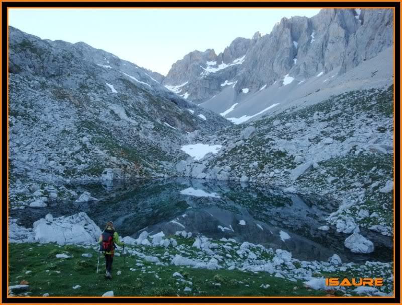 Peña Vieja 2.613m. Pico Tesorero 2.570m. Desde Fuente Dé PEAVIEJA088