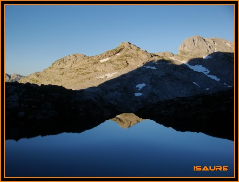 Peña Vieja 2.613m. Pico Tesorero 2.570m. Desde Fuente Dé PEAVIEJA091