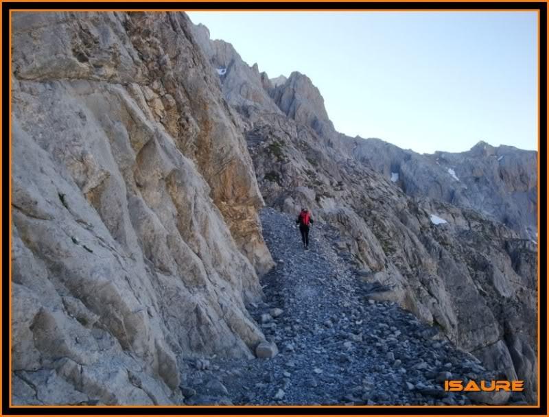 Peña Vieja 2.613m. Pico Tesorero 2.570m. Desde Fuente Dé PEAVIEJA122