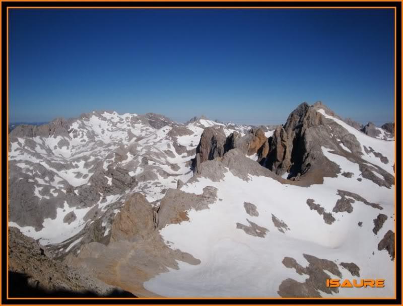Peña Vieja 2.613m. Pico Tesorero 2.570m. Desde Fuente Dé PEAVIEJA159
