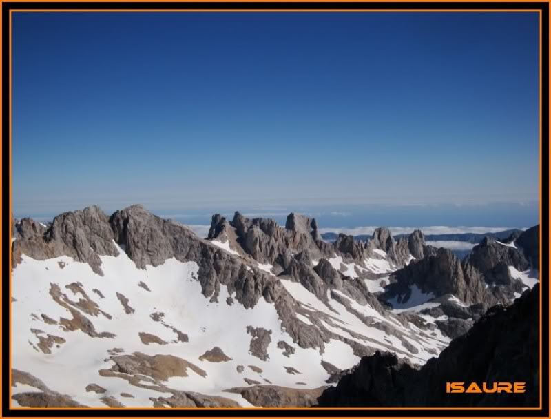 Peña Vieja 2.613m. Pico Tesorero 2.570m. Desde Fuente Dé PEAVIEJA166