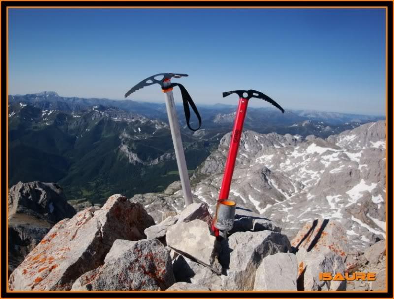Peña Vieja 2.613m. Pico Tesorero 2.570m. Desde Fuente Dé PEAVIEJA174