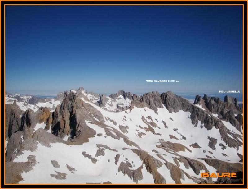 Peña Vieja 2.613m. Pico Tesorero 2.570m. Desde Fuente Dé PEAVIEJA176-1