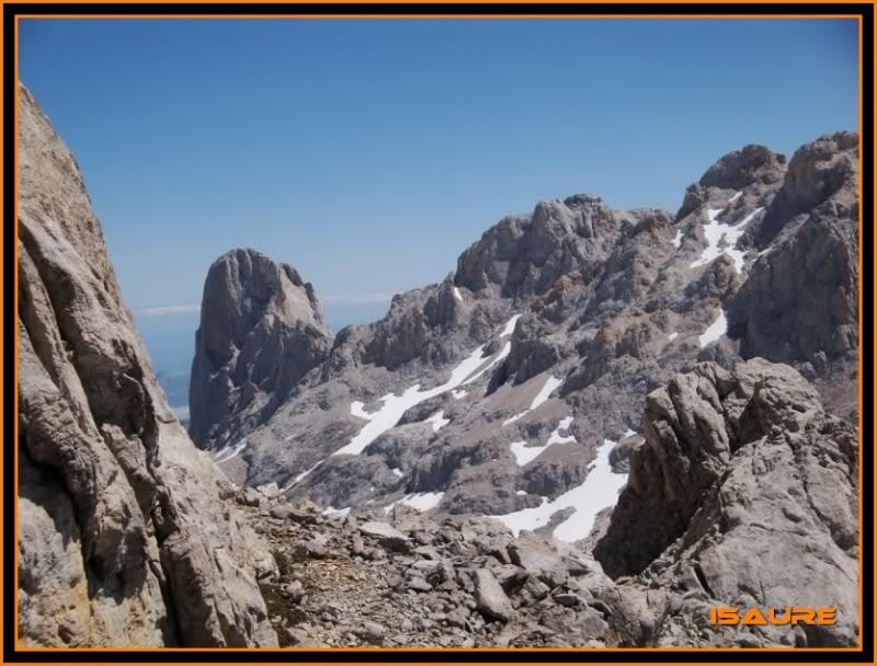 Peña Vieja 2.613m. Pico Tesorero 2.570m. Desde Fuente Dé PEAVIEJA221