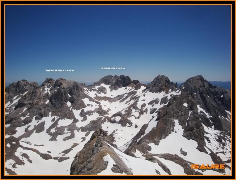 Peña Vieja 2.613m. Pico Tesorero 2.570m. Desde Fuente Dé PEAVIEJA237-1