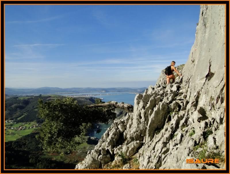 Ascensión nudista al monte Candina 498m. 117