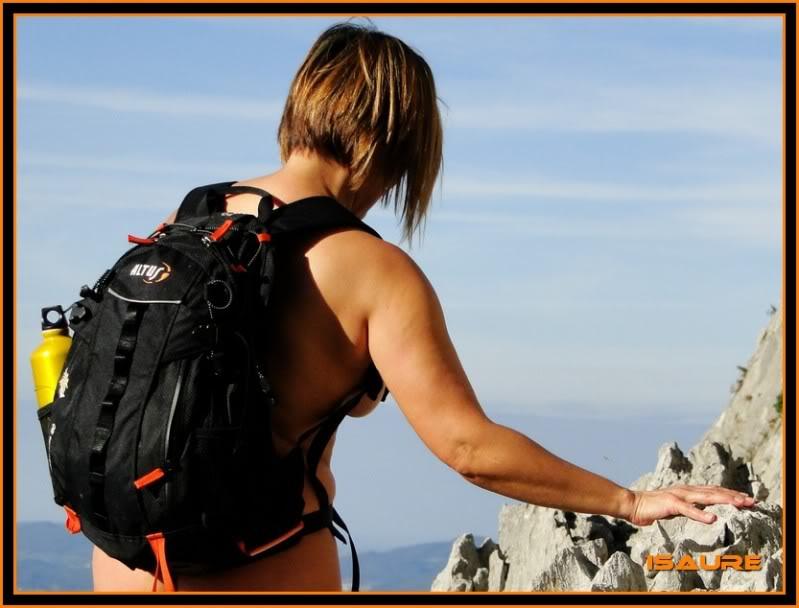 Ascensión nudista al monte Candina 498m. 118