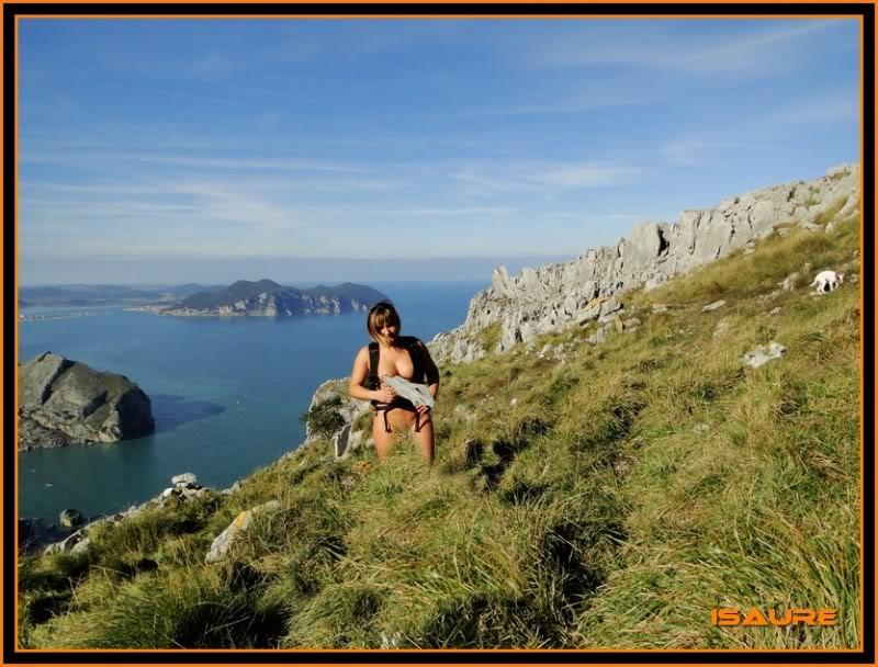 Ascensión nudista al monte Candina 498m. 120