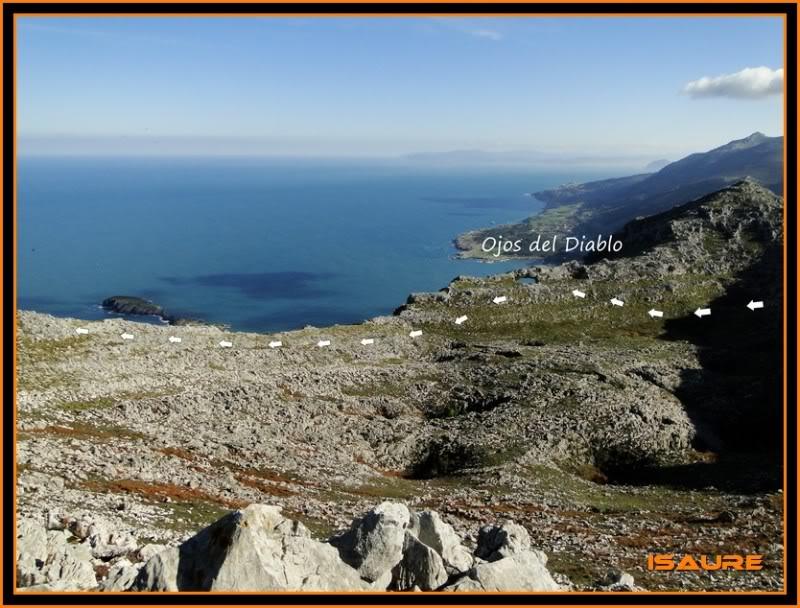 Ascensión nudista al monte Candina 498m. 136