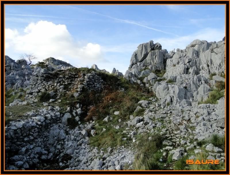 Ascensión nudista al monte Candina 498m. 160